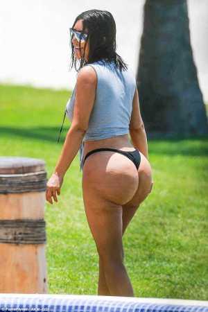 Kim Kardashian Loses 100,000 Fans Following Unairbrushed Bikini Photos